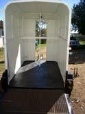 HORSE BOX HELET 2